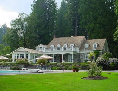 Valentining At Pretty Estates Resort